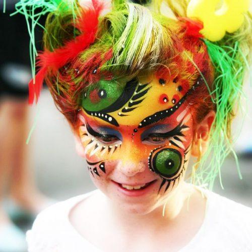 maquillage pour enfant et adulte avec maquilleuse pour fete