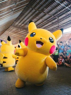 mascotte parade animation pour fête événement spectacle
