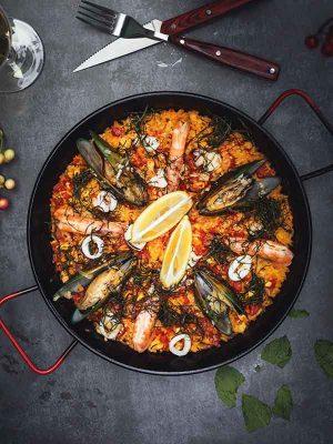 animation traiteur paella espagnol pour evenement