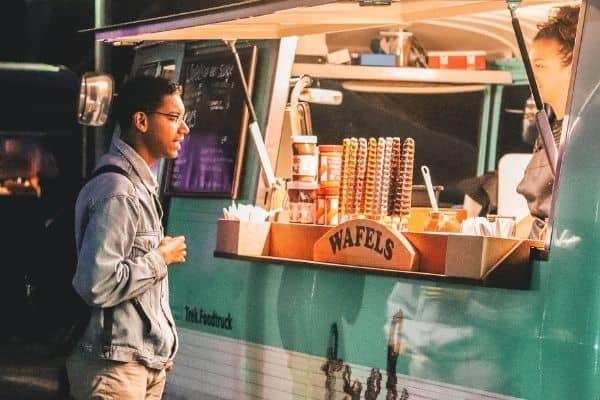 food truck gaufres crepes traiteur entreprise