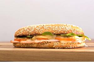 panier pique nique sandwich chaud